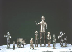 The Bronze-age Gutenberg figures in the National Museum collection